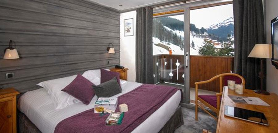 France_Meribel_Hotel-la-chaudanne_Bedroom-superior.jpg